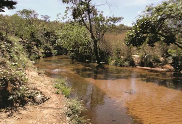 rio Conceição, afluente do rio Palma (alto do rio Tocantins), Taguatinga, Tocantins, Brasil.